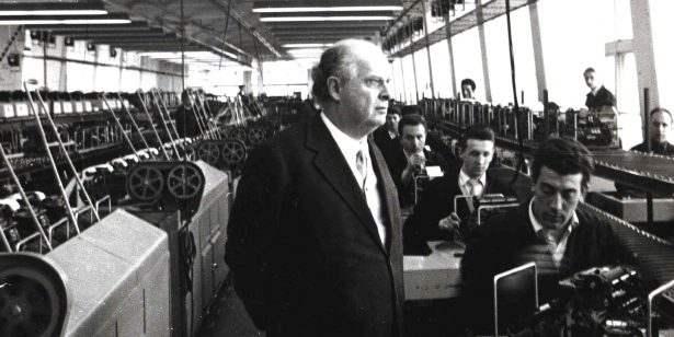 Adriano Olivetti in Fabbrica ad Ivrea